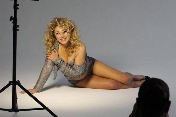 Алена Апина оправдалась за «голую задницу»