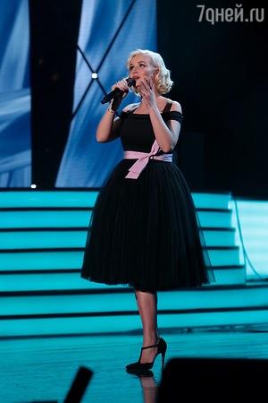Полина Гагарина подогрела слухи о своей беременности