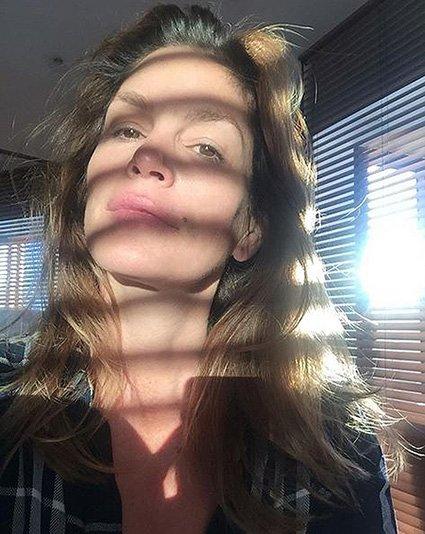 50-летняя Синди Кроуфорд показала селфи без капли макияжа