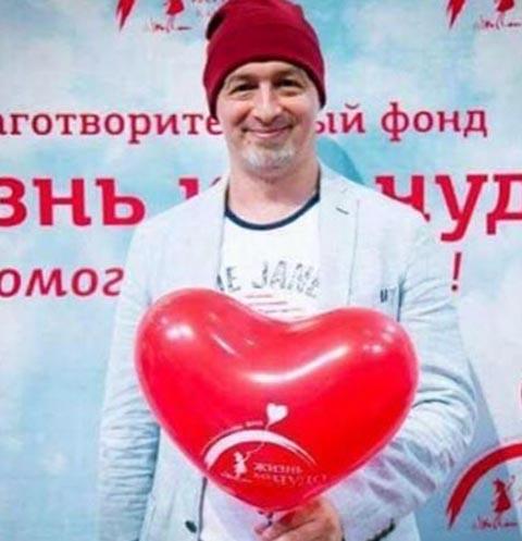 Звезды не могут поверить в смерть Алексея Мошковича