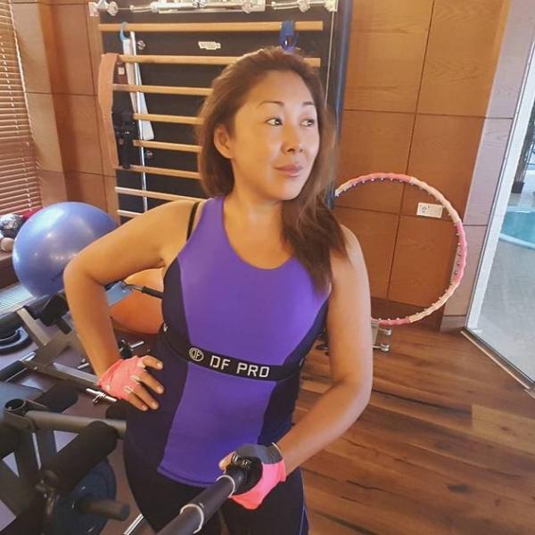 Анита Цой поправилась на пять килограммов