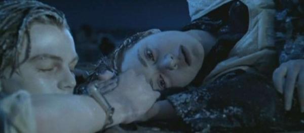 Джеймс Кэмерон считает, что у героя Ди Каприо в «Титанике» не было шансов выжить