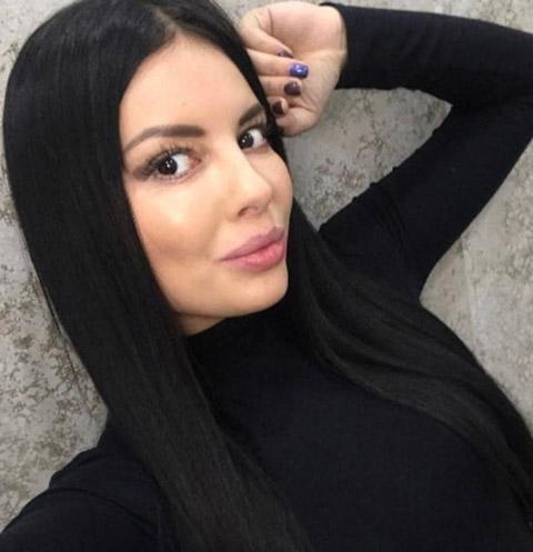 Нелли Ермолаева устроила секс-игры с мужем