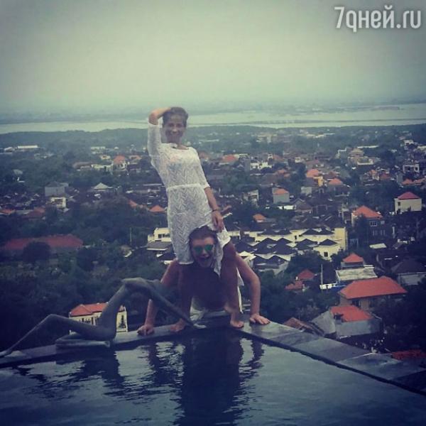 Юлия Барановская устроила провокацию на Бали с женатым мужчиной