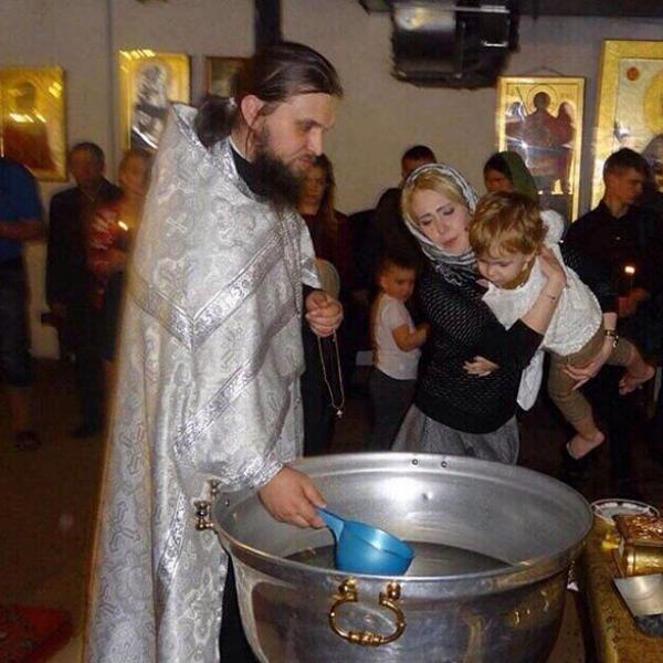 Ольга Ветер и Глеб Жемчугов крестили сына