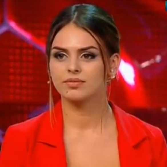 Фанаты Пелагеи оскорбляют бывшую пассию Ивана Телегина