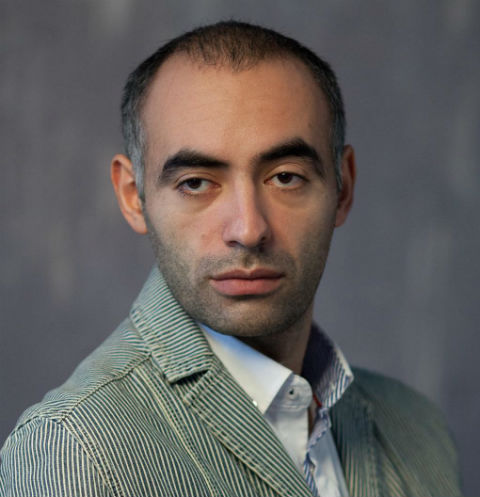 Звезда «Битвы экстрсасенсов» похвастался презентом за пять миллионов