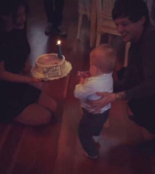 Луис Томлинсон отпраздновал первый год рождения сына
