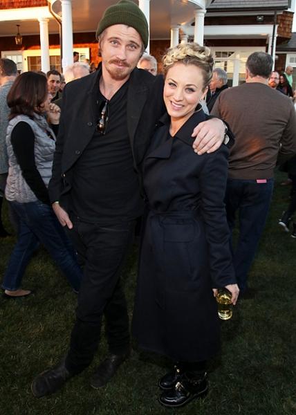 Брэд Питт посетил рок-вечеринку лучшей подруги Дженнифер Энистон