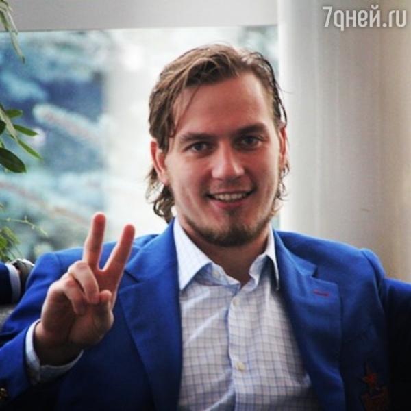 Муж Леры Кудрявцевой сбрил роскошную шевелюру