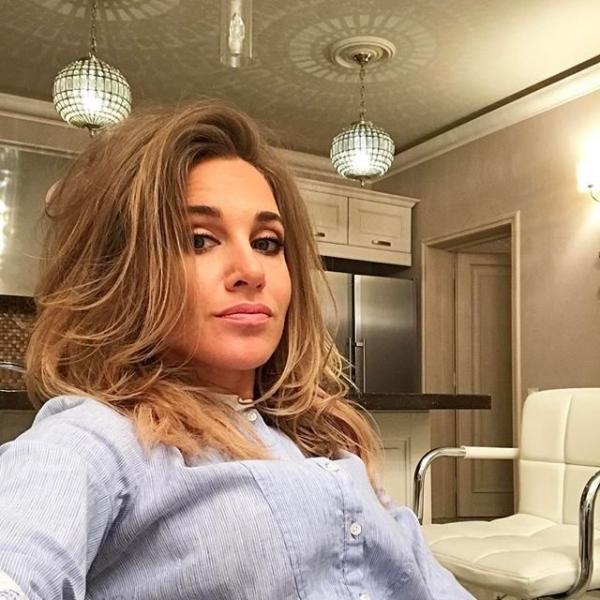 Юлия Ковальчук показала селфи в нижнем белье