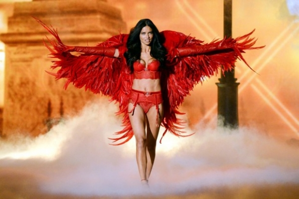 Названо имя «самого ценного» «ангела» Victoria's Secret
