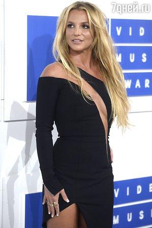 Бритни Спирс призналась, чем покорил ее молодой любовник
