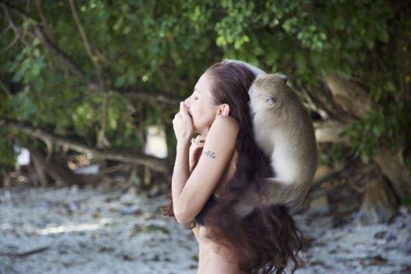Елена Галицына пострадала от укусов диких животных