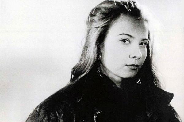 Первая любовь Юлии Высоцкой не может ее забыть