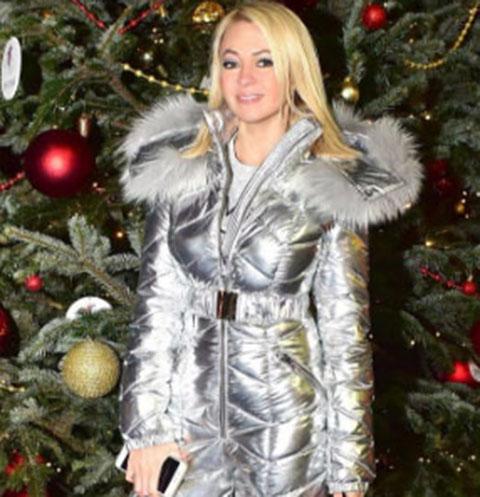 Яна Рудковская устроила праздник сыну в сказочном месте