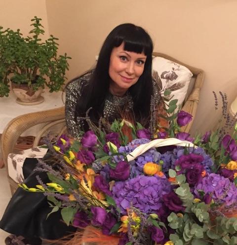 Нонна Гришаева тяжело переживает расставание с дочерью