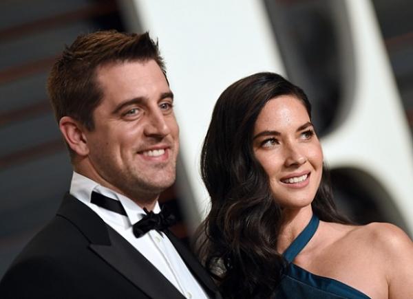 Оливия Манн собралась замуж за футболиста