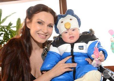 Сын Эвелины Блёданс перенёс сложную операцию