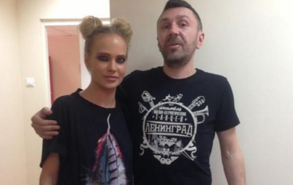 Глюкоза постеснялась публиковать в блоге видео с голосом Сергея Шнурова