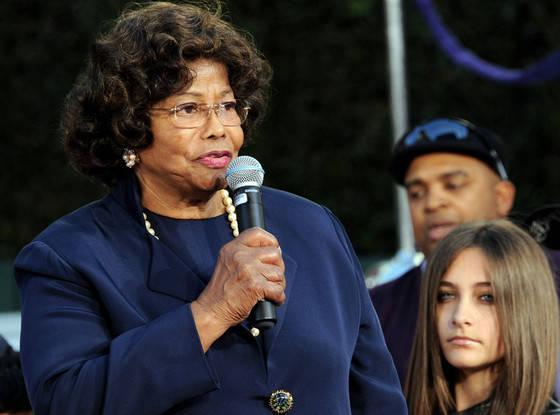 Мать Майкла Джексона пожаловалась на действия племянника