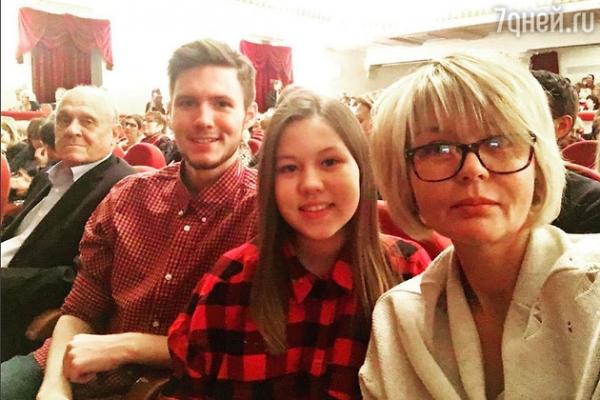 Юлия Меньшова впервые за долгое время показала своих детей