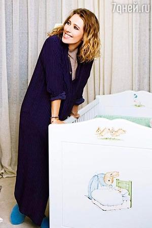Ксения Собчак не может привыкнуть к роли мамы