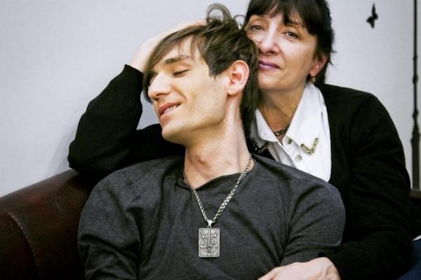 Редкое фото Александра Шепса с мамой произвело фурор
