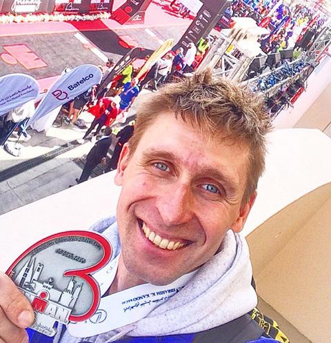 Известного триатлониста Романа Парамонова обвиняют в избиении экс-жены