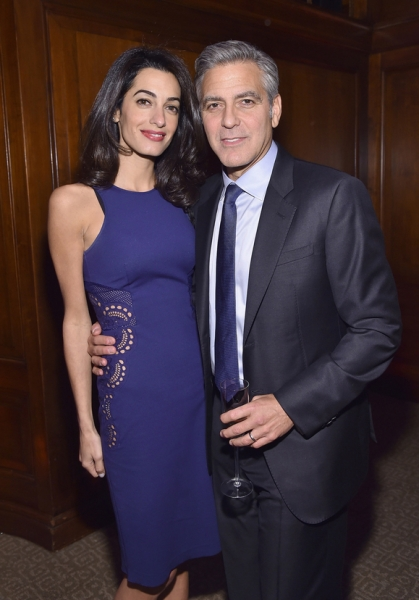 Амаль Клуни беременна двойней