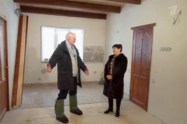 Михаил Жигалов отремонтировал загородный дом в стиле лофт