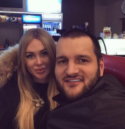Алексей Самсонов откровенно рассказал о трудных родах жены