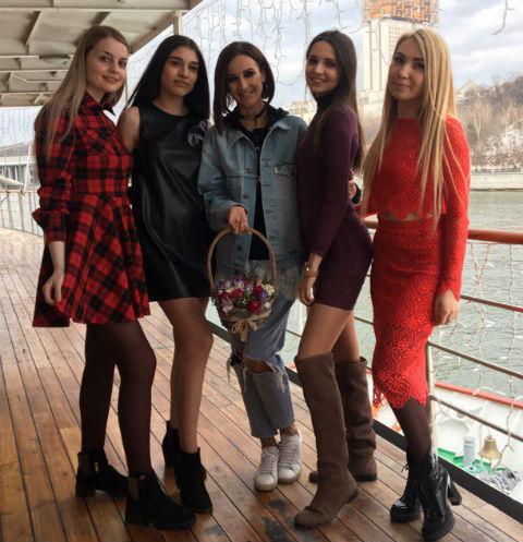 Ольга Бузова устроила торжественный прием