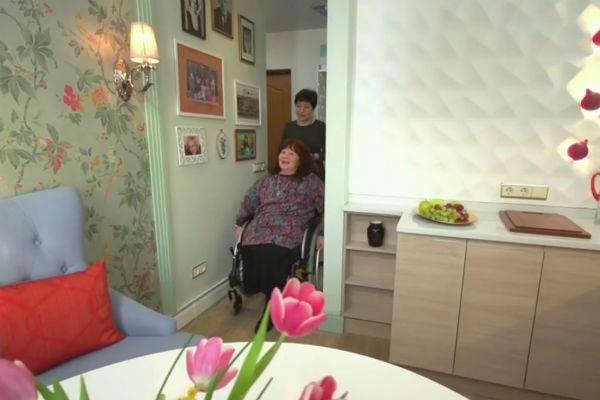 Одинокой Тамаре Дегтяревой помогли с ремонтом в московской квартире