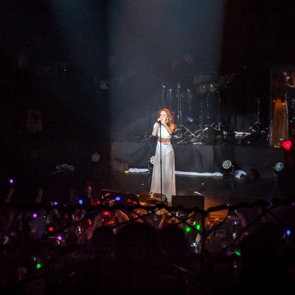 МакSим шокировала зрителей на концерте в Москве