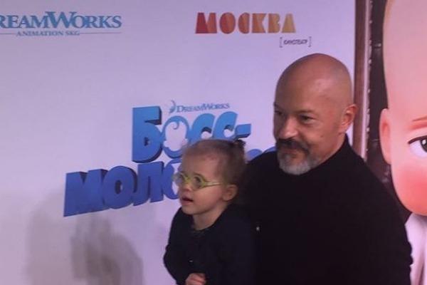 Федор Бондарчук познакомил невесту с внуками
