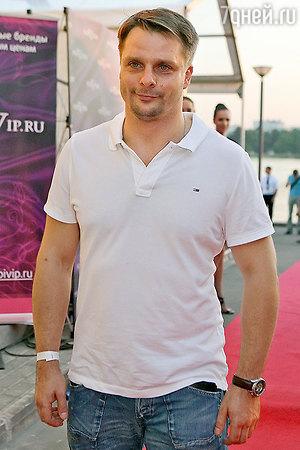 Александр Носик объявил о разводе