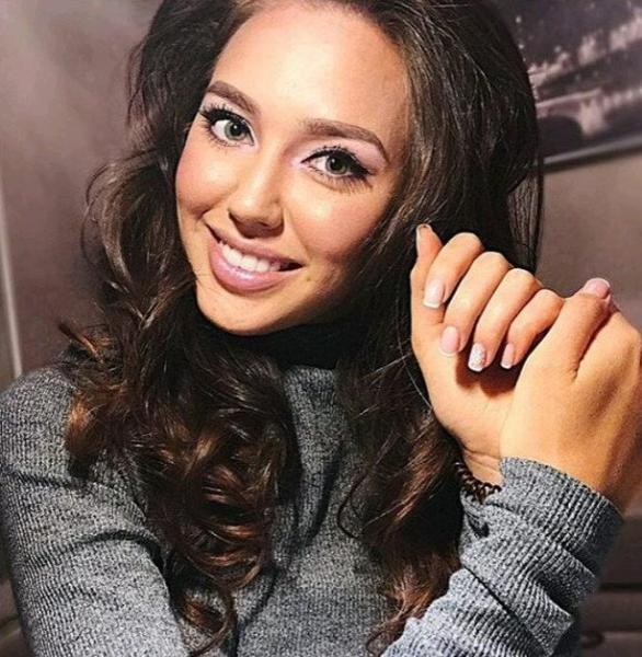 Любовница Тарасова Анастасия Костенко признала превосходство над Бузовой