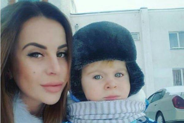 Ольга Ветер развлекается в отсутствии сына