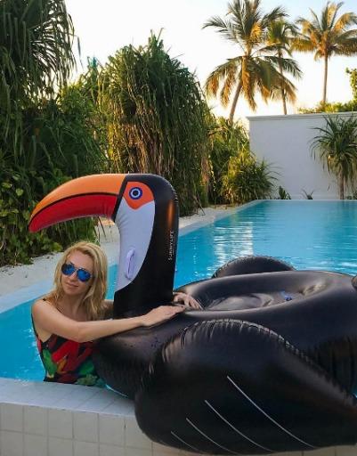 Яна Рудковская устроила семье райские каникулы