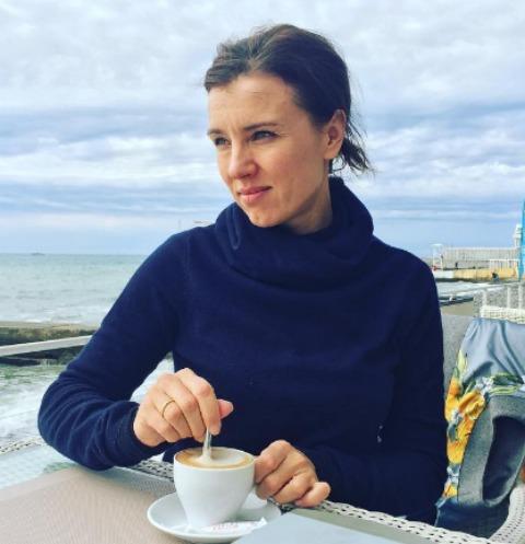 Ксения Алферова ищет способ выбраться из депрессии
