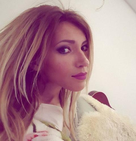 Участница «Евровидения» Юлия Самойлова получила неожиданный сюрприз в прямом эфире