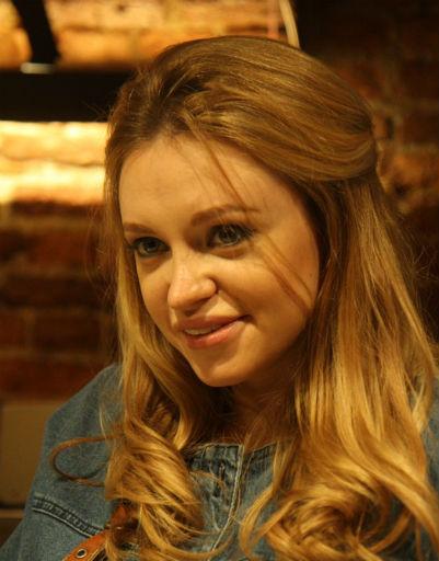 Милана Кержакова ищет невесту для брата
