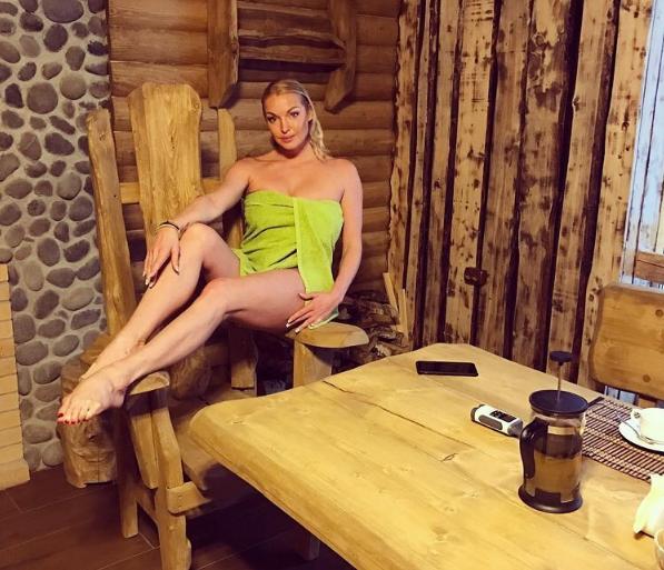 Анастасию Волочкову чуть не погубила любовь к бане