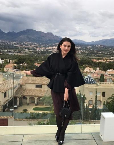 Жасмин устроила детям невероятный отдых в Испании