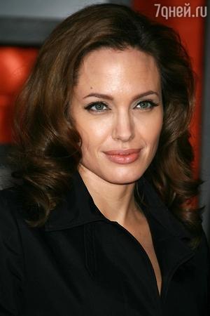 Для Анджелины Джоли эксклюзивно открыли Букингемский дворец