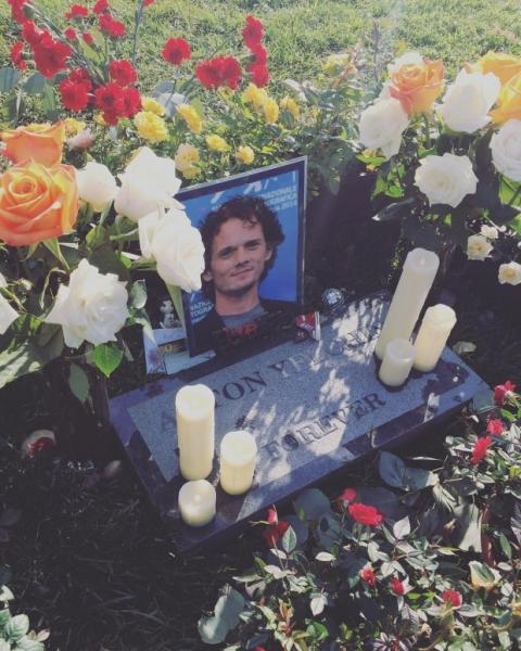 Отец Антона Ельчина рассказал о жизни после смерти сына