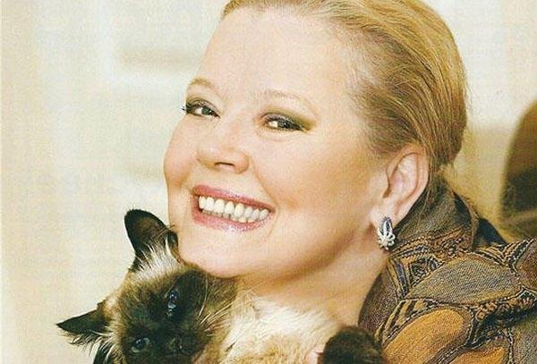 Людмила Сенчина рассказала, что второй муж бил ее