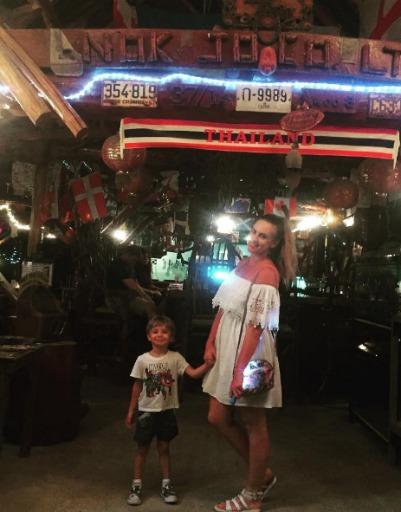 Ольга и Илья Гажиенко устроили жаркие каникулы за рубежом