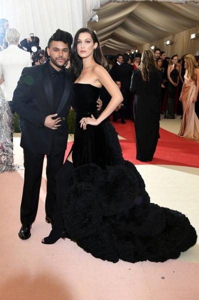 Белла Хадид встретилась с экс-бойфрендом The Weeknd на показе H&M